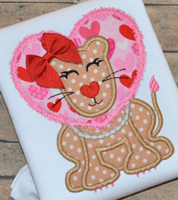 #HOA368 Lion Heart Girl Applique
